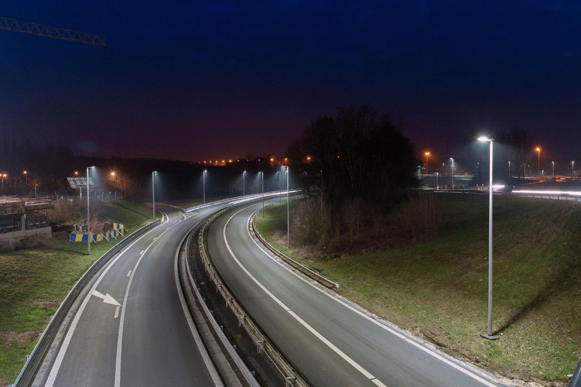 Ampera improves visibility with the best illuminance/consumption ratio on Daussoulx interchange in Belgium
